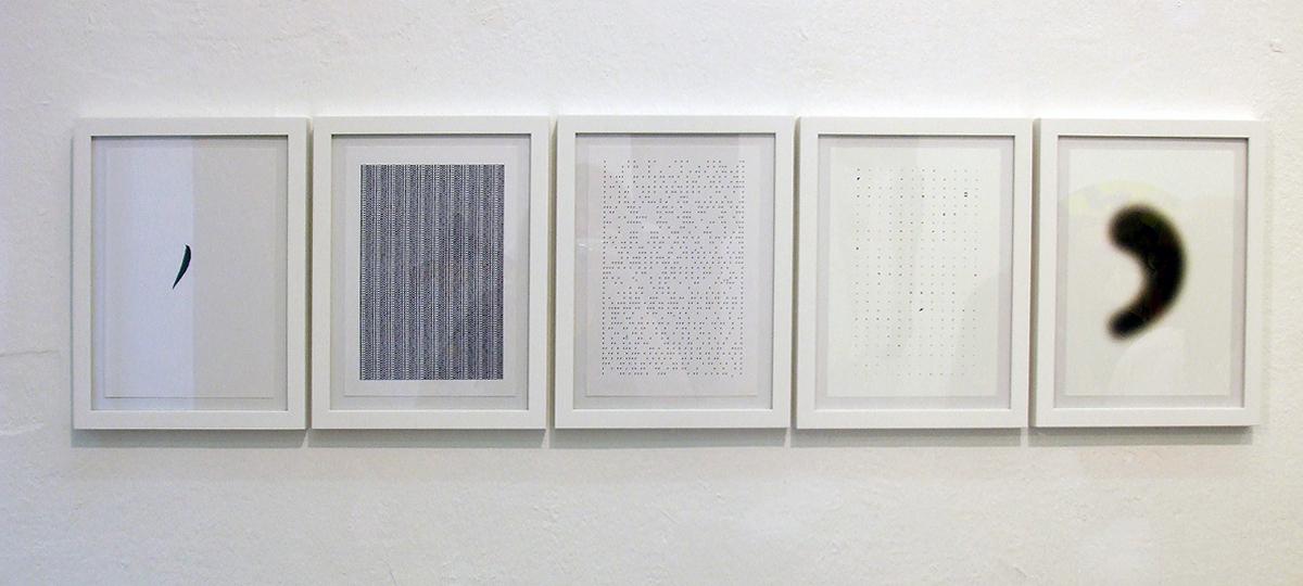 """""""Komm, Komma"""", / """"come on, comma"""", 2016 Schreibmaschine und c-print auf Papier / typewriter, ink and c-print on paper, 18 x2 4 cm"""